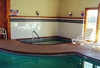 Chisholm Inn & Suites
