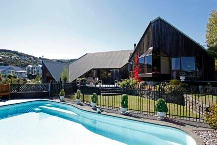 Acapella Lodge