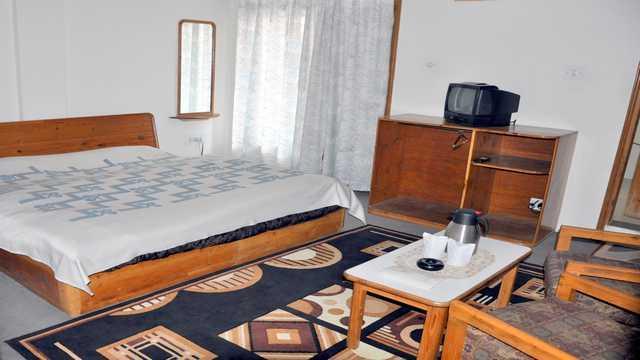 Kullu Valley Hotel