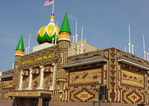 corn-palace-motel.jpg