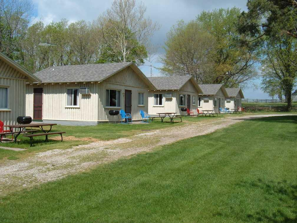 ‪Kaspar's Lakebreeze Cabins‬