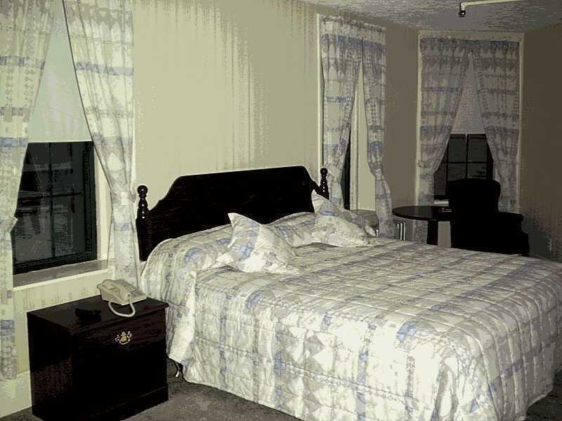 Elmcourt Hotel