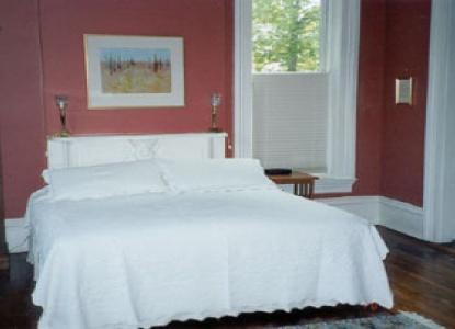 Meek House Bed and Breakfast