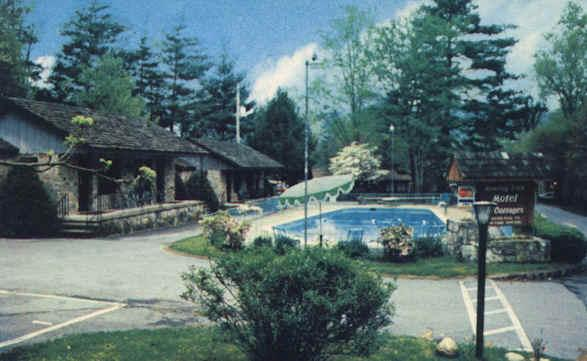Roaring Fork Motel & Cottages - TEMPORARILY CLOSED