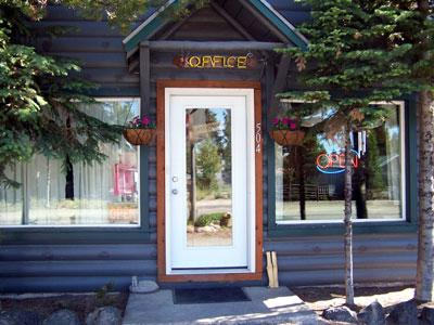 Yellowstone Cabins and RV Park