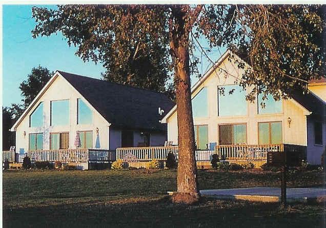 Bella Vista Inn and Sunset Bay Resort