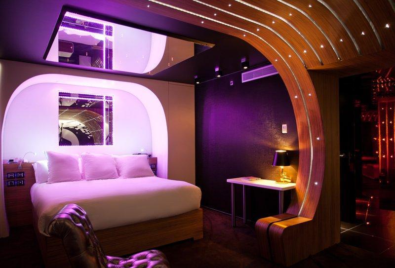Très Seven Hotel Paris (France) - Reviews, Photos & Price Comparison  GX07