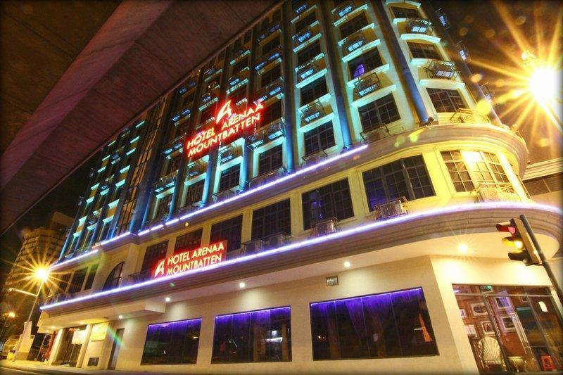 蒙巴顿竞技场酒店