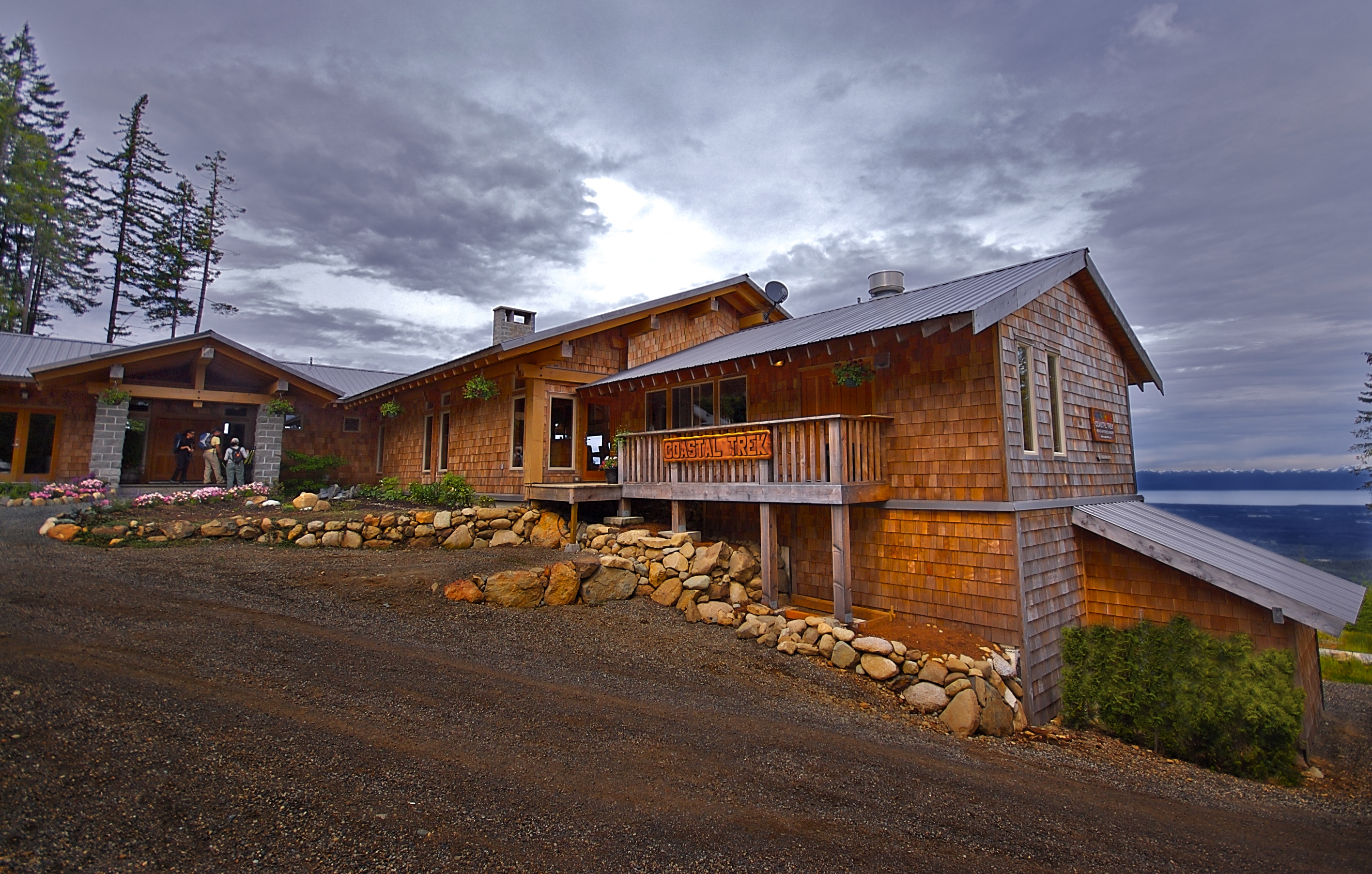 Ocean to Alpine Adventure Lodge
