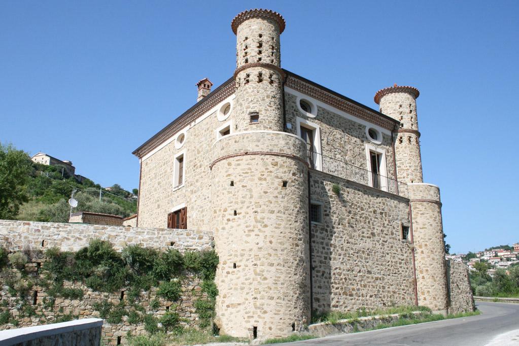 Torre Mangoni
