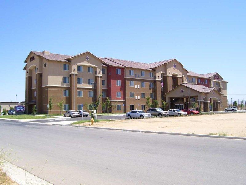 Hampton Inn & Suites Bakersfield North-Airport