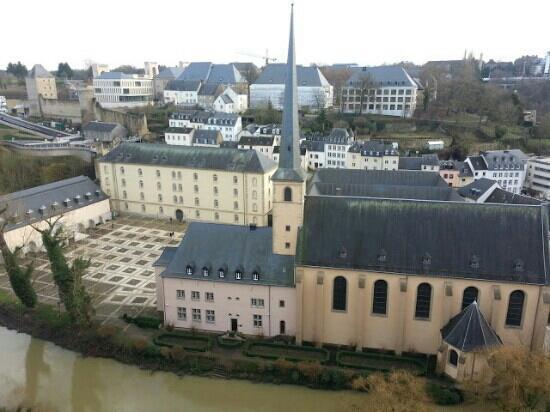 neimënster - Centre Culturel de Rencontre Abbaye de Neumûnster