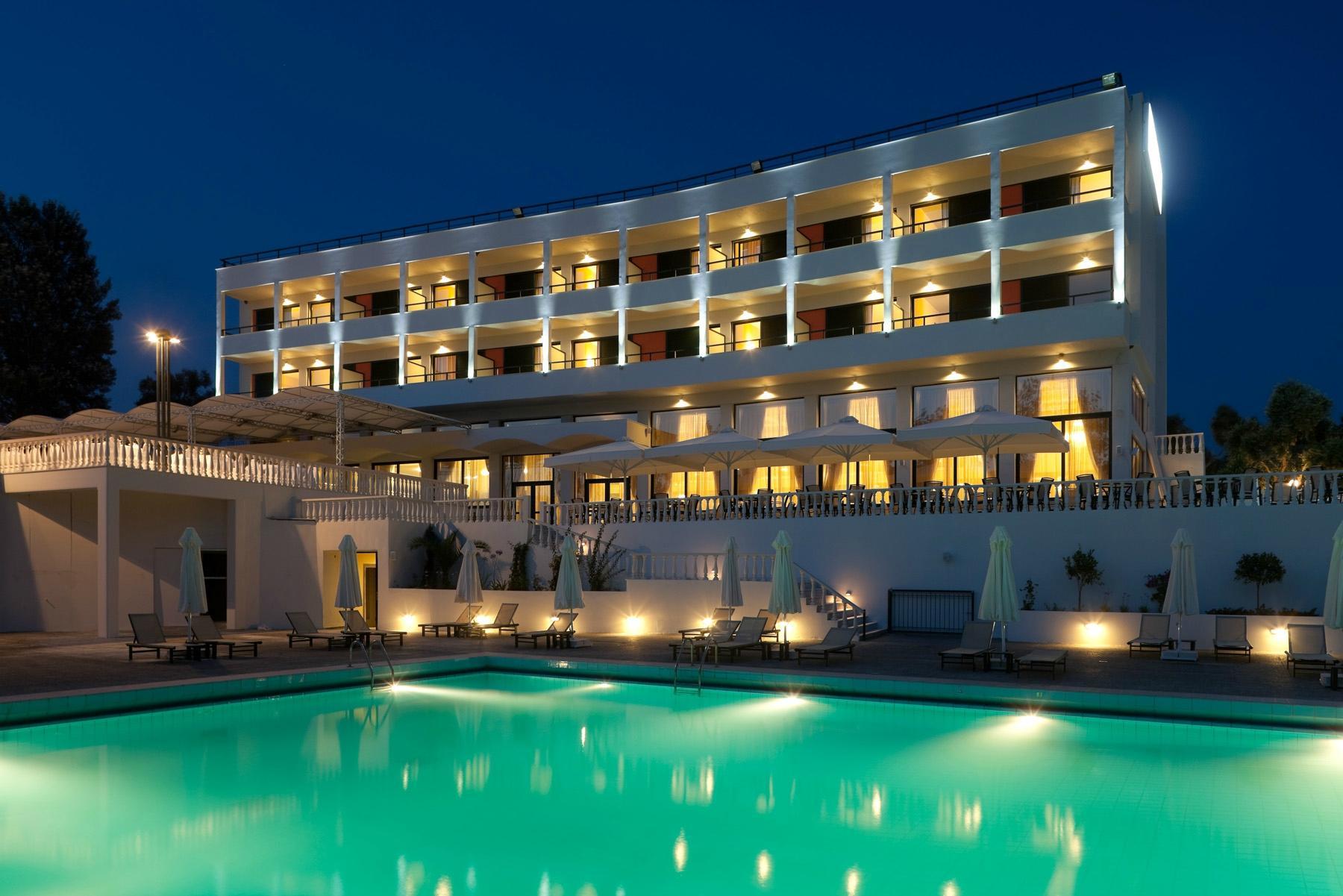 마르가로나 로열 호텔