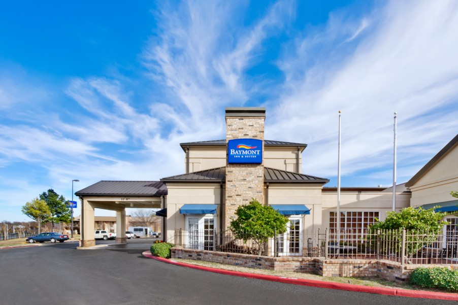 Baymont Inn & Suites Shreveport Airport