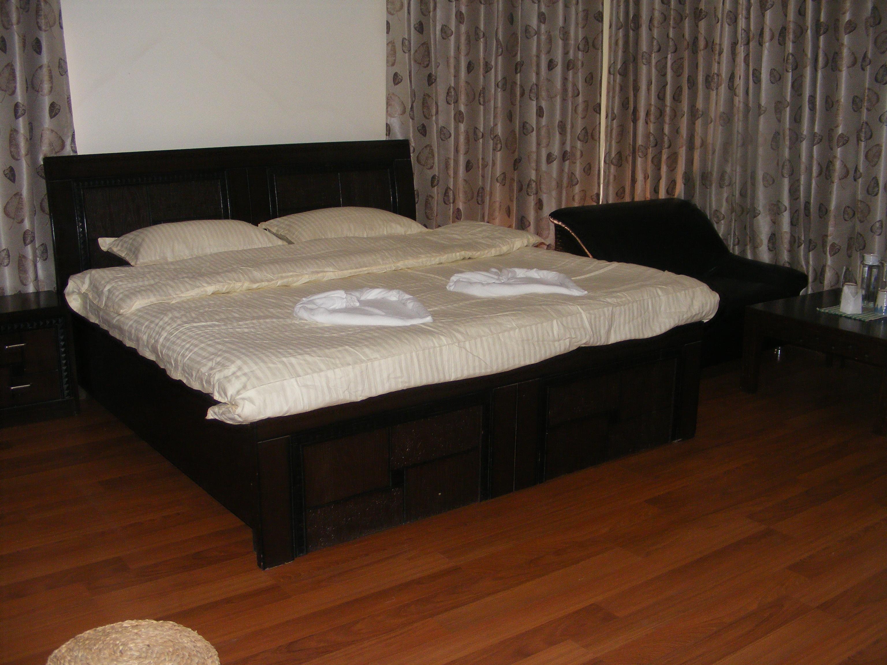 Du Nepal Inn & Lounge
