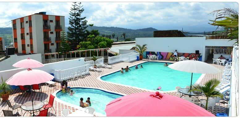 Hotel emperador prices reviews barbosa colombia - Piscinas en santander ...