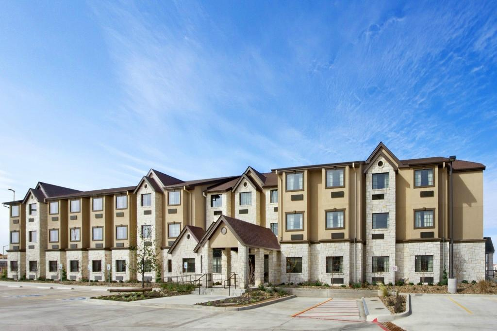 Microtel Inn & Suites by Wyndham Buda / At Cabela's