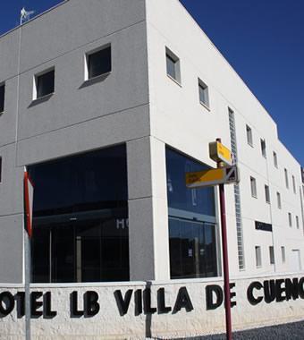 هوتل إل بي فيلا دي كوينسا