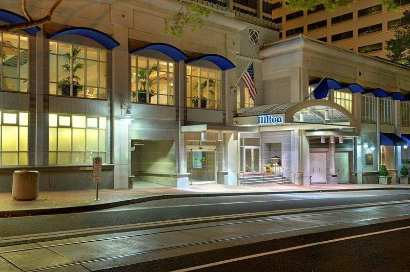 Hilton Portland & Executive Tower