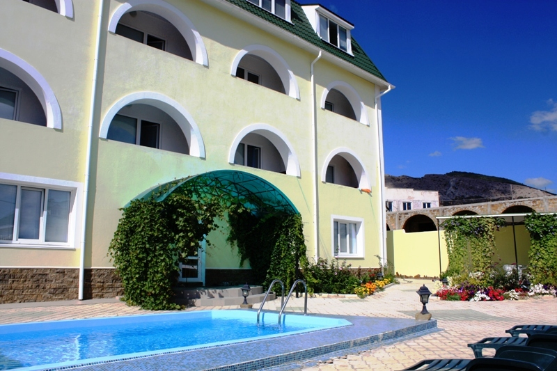 Solnechny Hotel