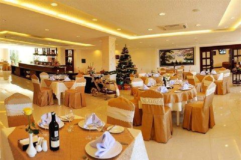 Empress Hotel Restaurant