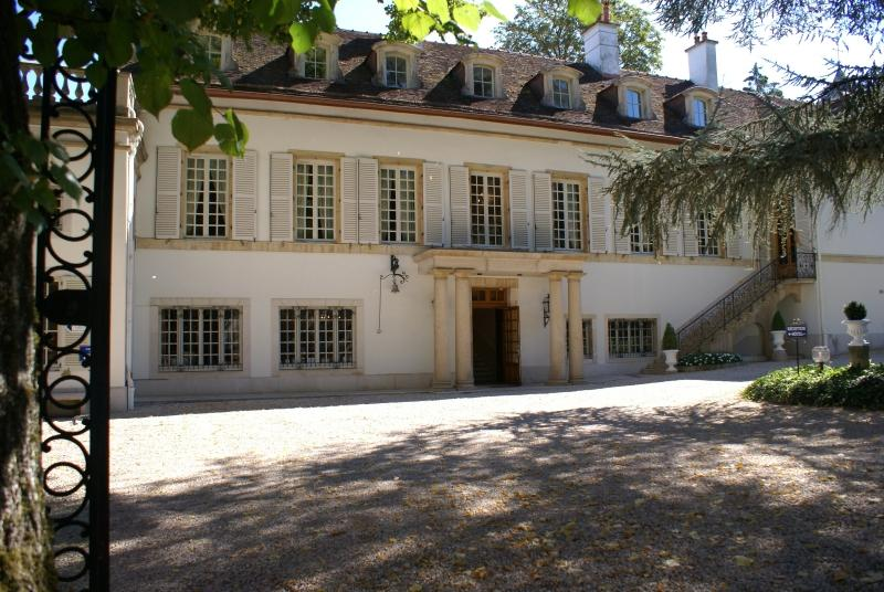 Chateau du Petit Musigny a Chambolle