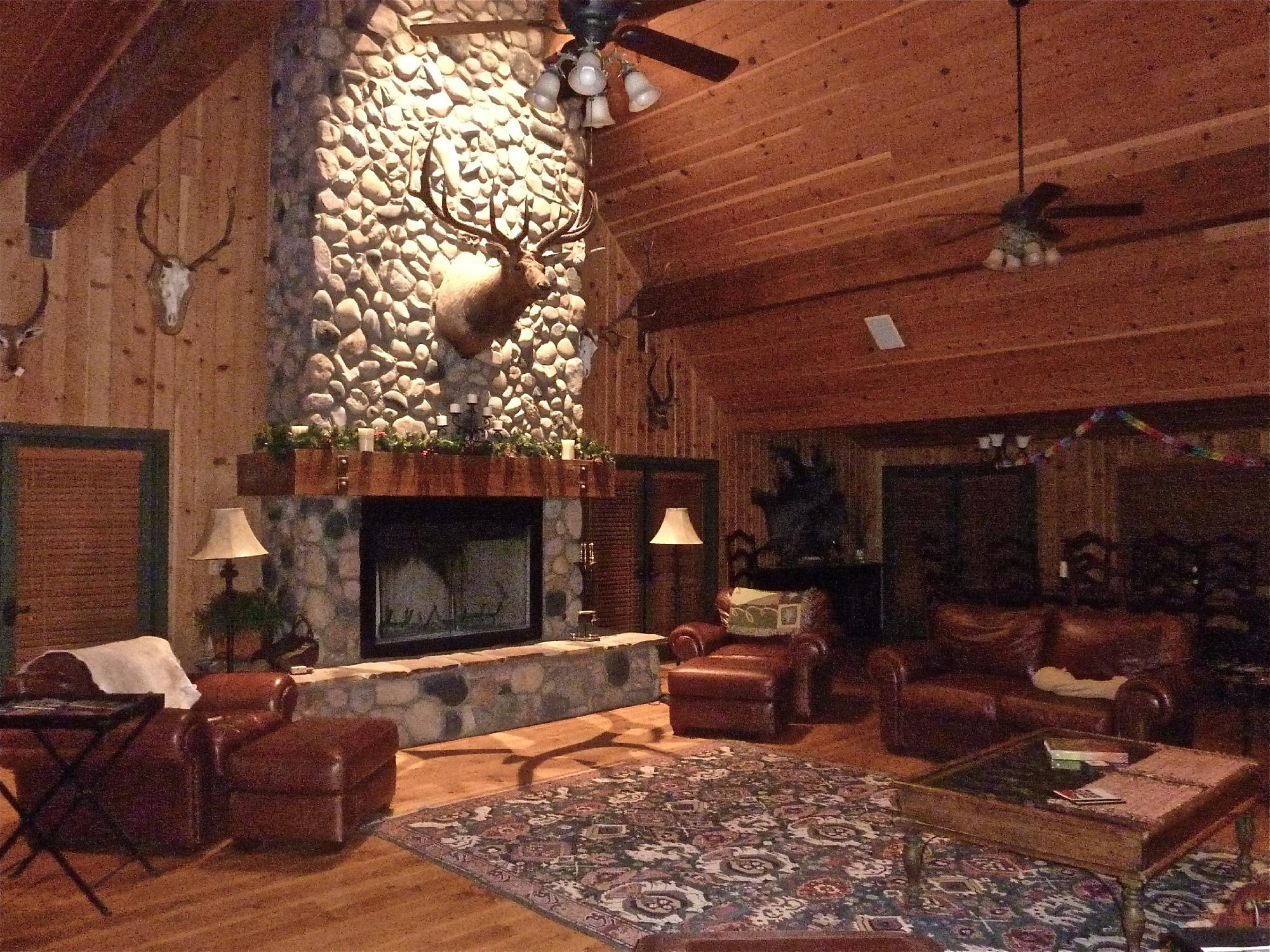 Cherry Creek Lodge