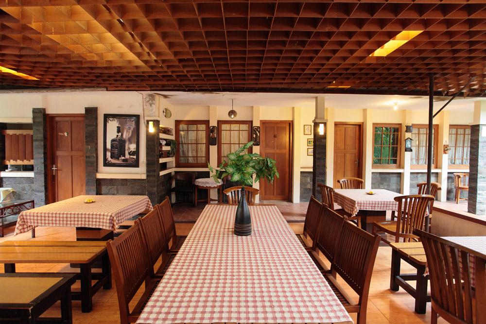 de' Tropis Guest House