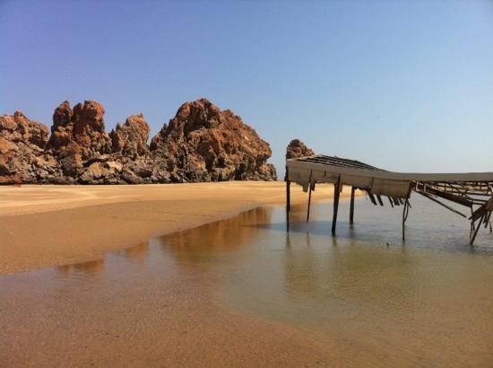 Yitti Beach