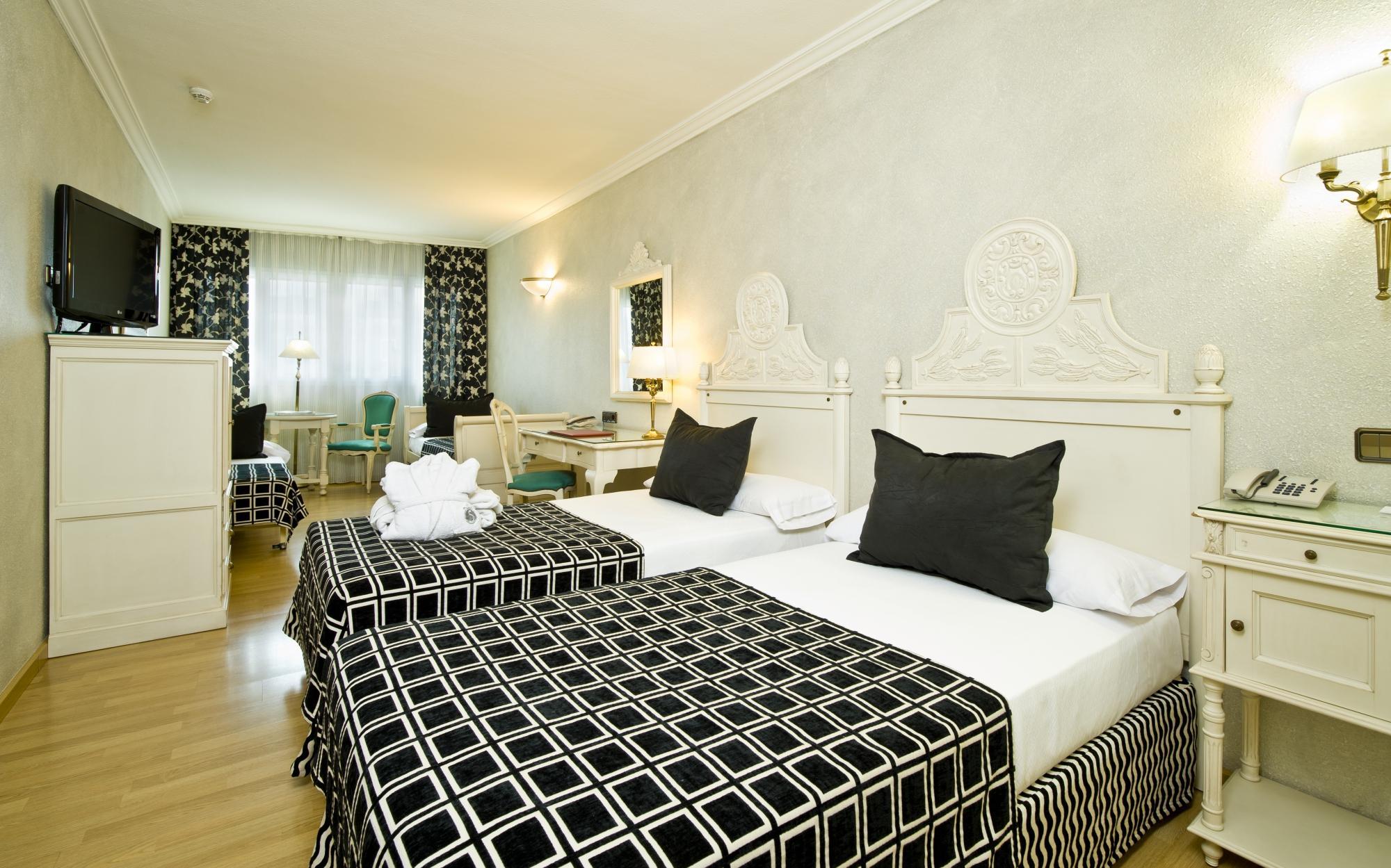 salles hotel pere iv updated 2017 reviews price comparison barcelona catalonia tripadvisor