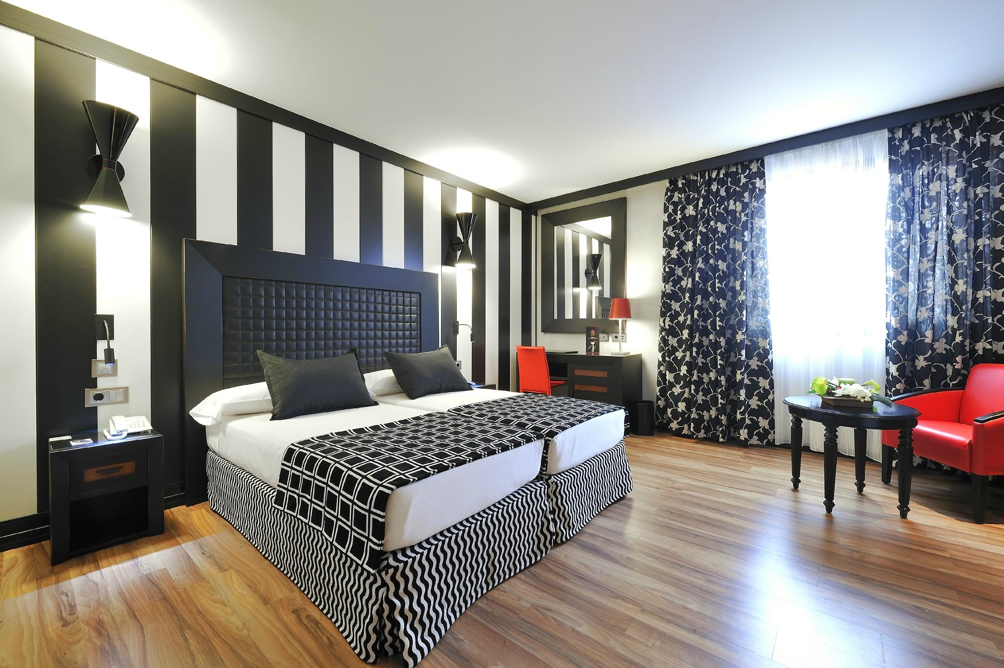 Salles Hotel Aeroport Girona