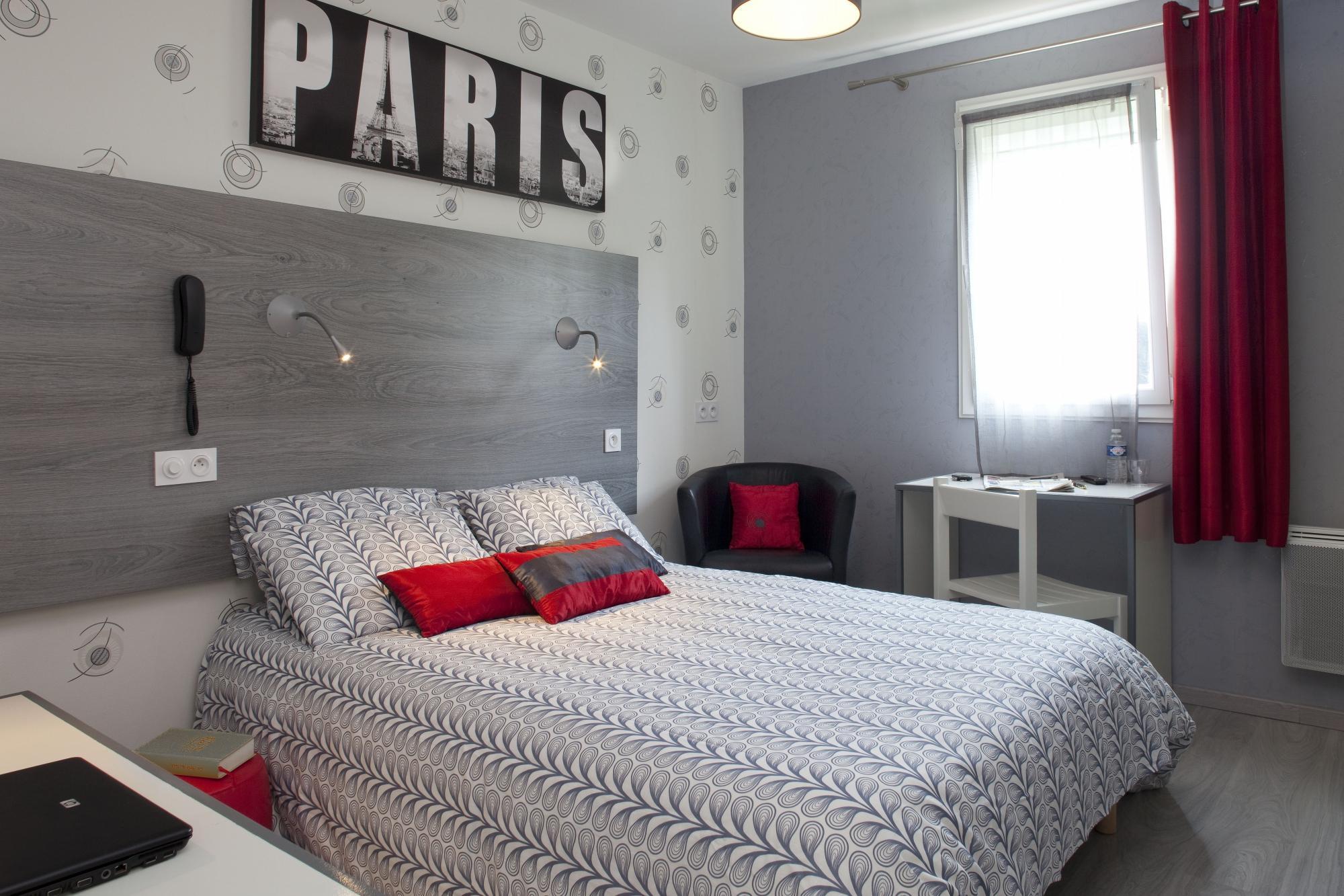 Hotel Mac Bed