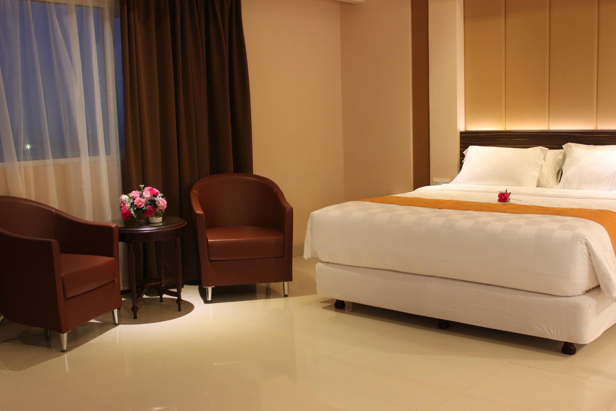 โรงแรมอิสตนาเนลายัน