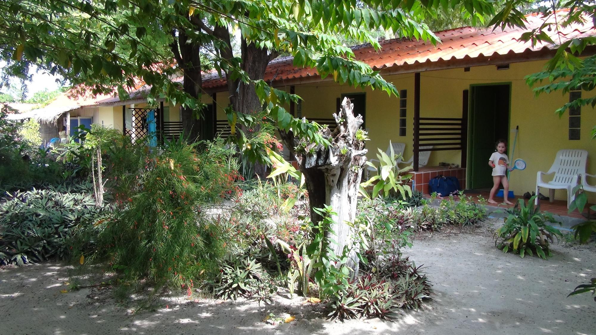 Adang Sea Eco-Lodge