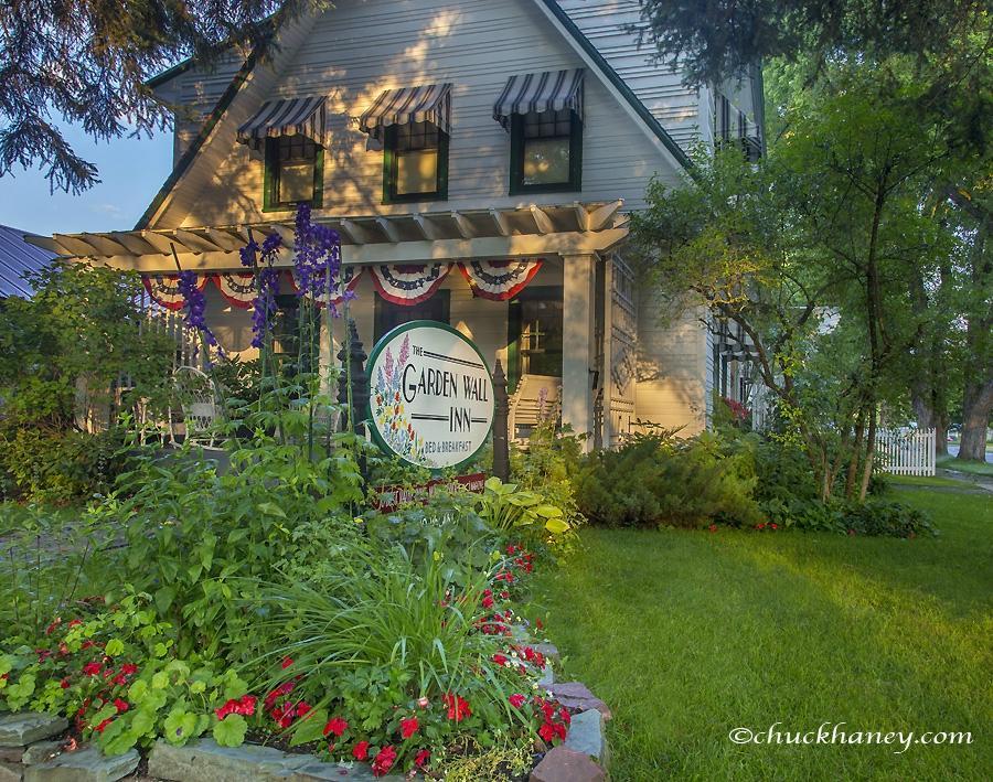 Garden Wall Inn Whitefish Mt Updated 2017 Motel