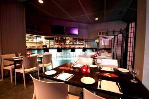 Eureka Terrace Bar