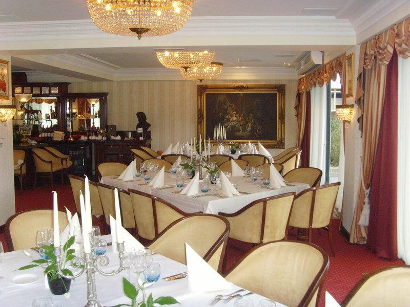 Fletcher Hotel-Restaurant De Hunzebergen