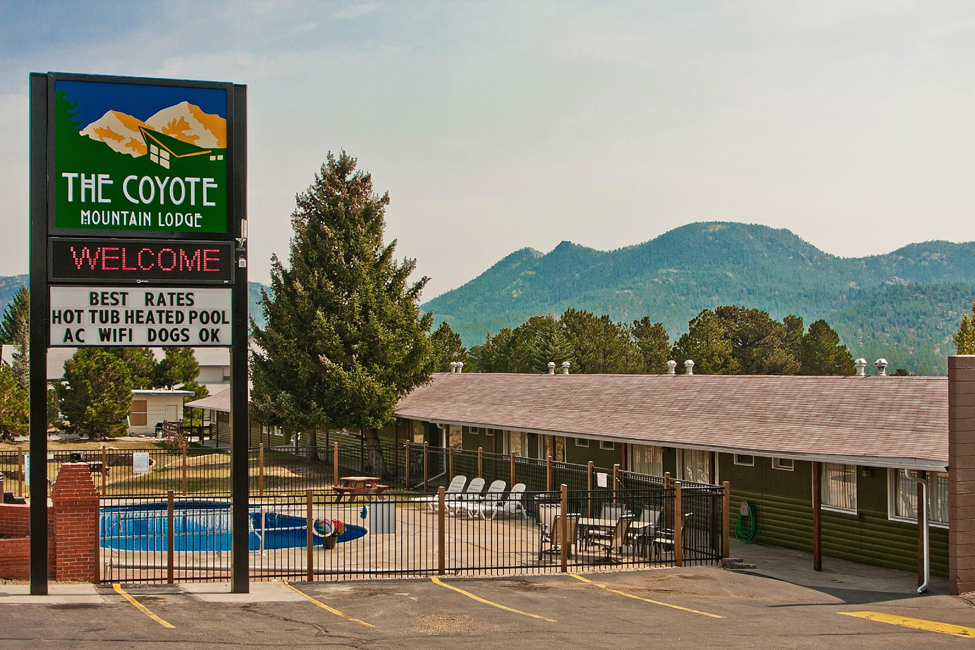 Coyote Mountain Lodge