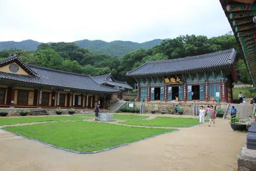 Gapsa temple