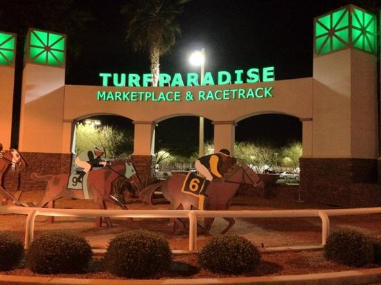 ‪Turf Paradise Race Course‬