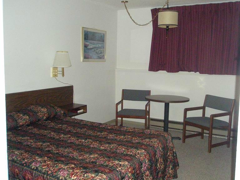 Buckboard Inn