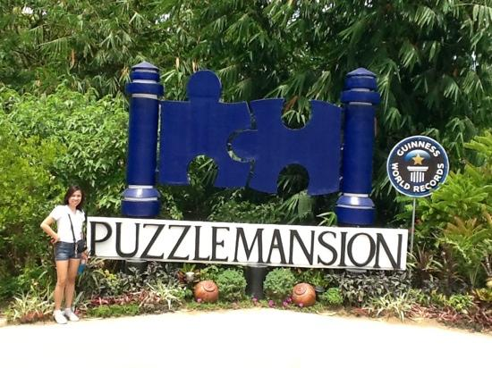 ‪Puzzle Mansion Bed & Breakfast‬