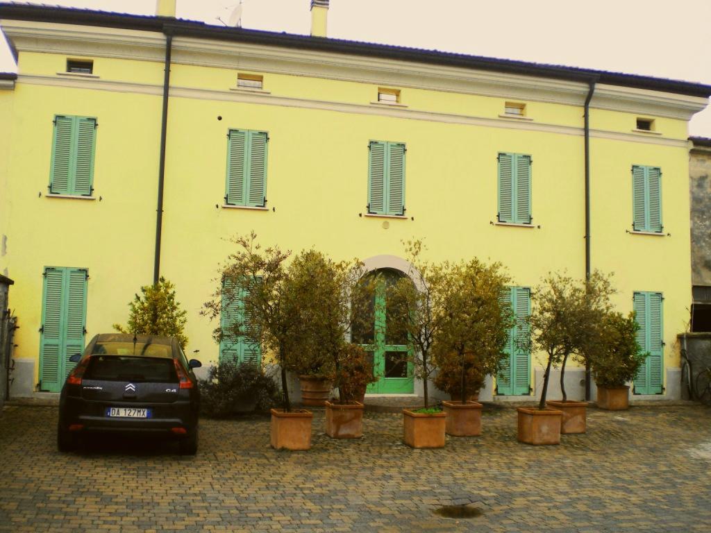 Virgilio Residence