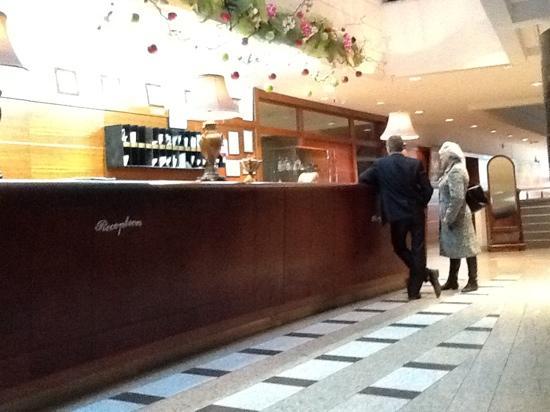 Samotlor Hotel