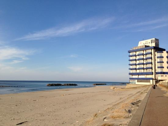 Yunohama Beach