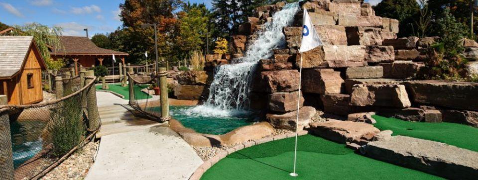 Dunn-D's Mini Golf