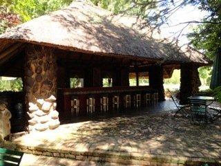 Hakunamatata Lodge