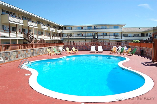 Ocean Shores Inn & Suites