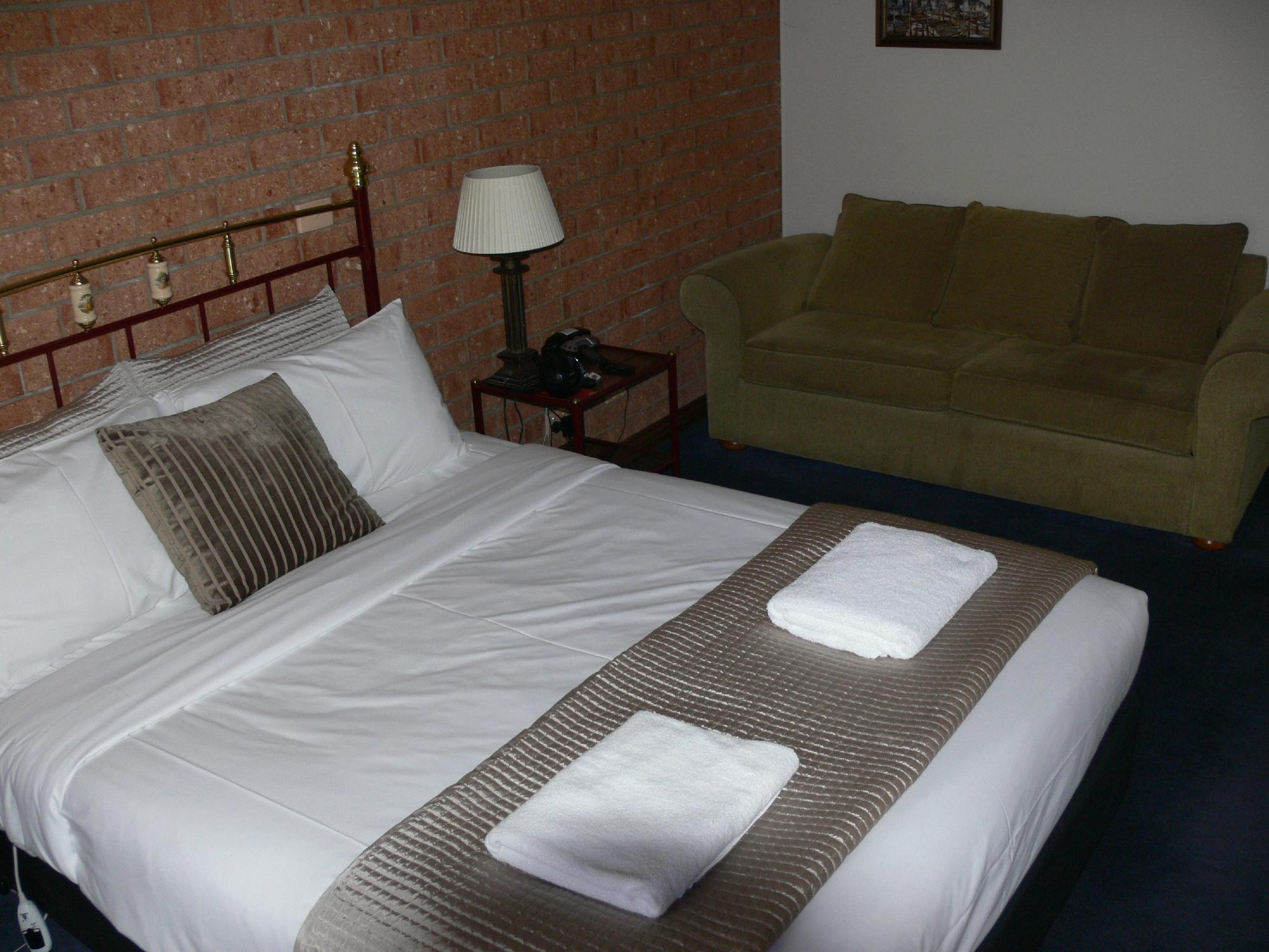 Central Springs Inn