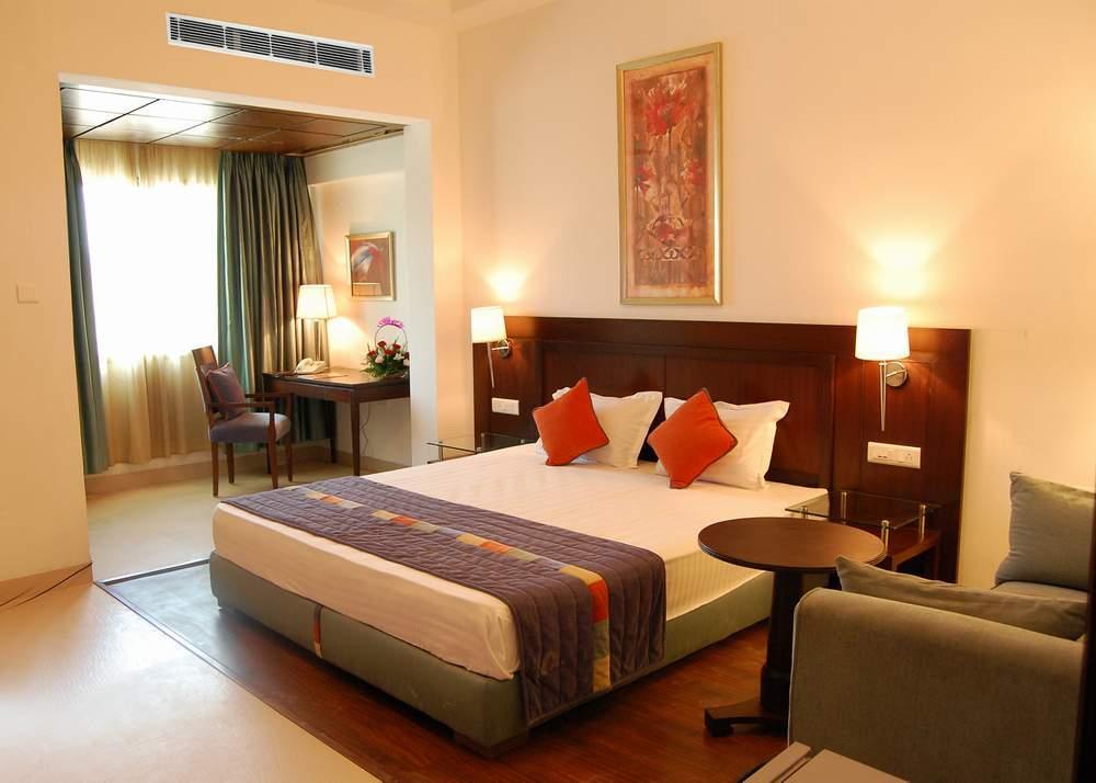 Amaltas Hotel